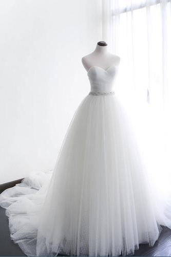 Charming Tulle Wedding Dress, Elegant Sleeveless White Wedding Dresses