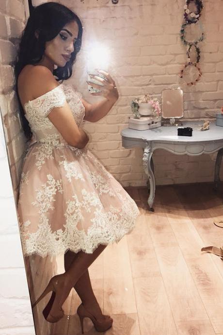 Off Shoulder Short Homecoming Dress, Appliques Lace Prom Dress,Elegant Prom Gowns